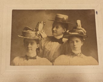 Vintage 1800s Photograph Three Young Ladies 2 3/4 X 2 inches