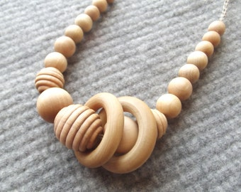 Wood + Hemp Bead Nursing Necklace Natural Wood Teething