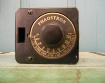 Vintage Phaostron Exposure Meter Comparometer