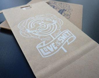 Wedding Favor Candy Bags / Love Is So Sweet / Kraft Paper