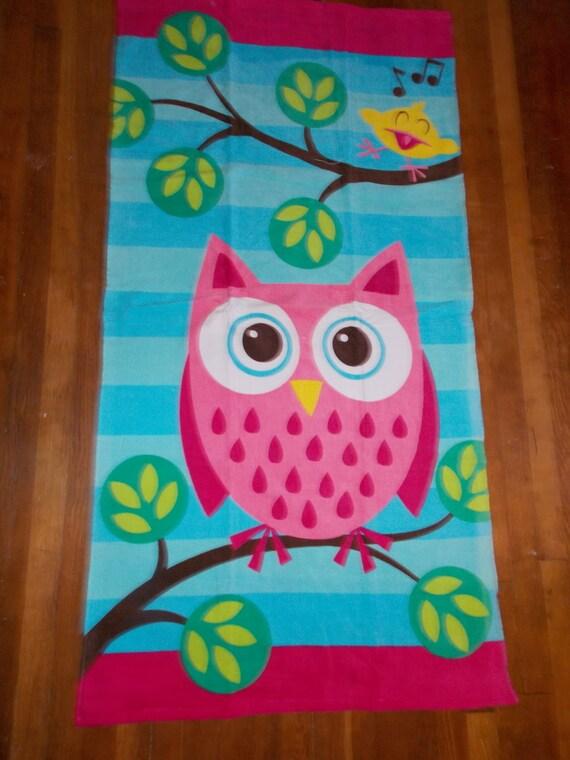 hibou personnalis serviette de plage chouette fille monogramm plage serviette serviette de. Black Bedroom Furniture Sets. Home Design Ideas