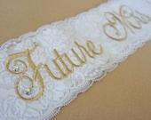 Vintage Gold Lace Bridal Sash - White Lace Sash - Customizable Rhinestone Bride to Be Sash - White and Gold Sash