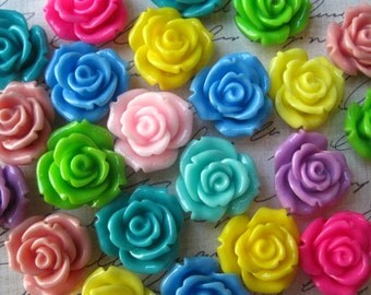 Resin Flower Cabochons / 6 pcs Mixed Lot Cabochon Roses / 20mm Flat Back Rose Cabochons