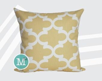 Saffron Yellow Moroccan Quatrefoil Lattice Pillow Cover Sham - 18 x 18, 20 x 20 and More Sizes - Zipper Closure - sc1820