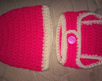 Handmade baby hat and diaper cover set