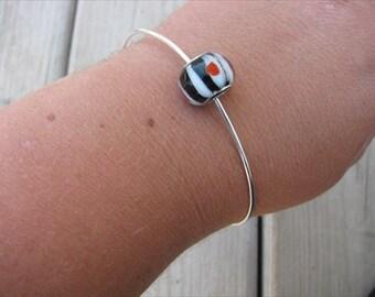 Simple Bangle Bracelet with Black, Red, and White Glass Bead- Minimalist Bracelet