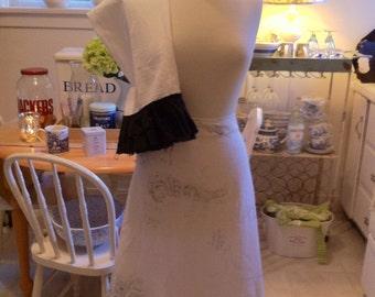Ladies Linen Half Apron with Matching Tea Towel