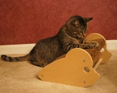 Rattino - Mouse Shaped Cat Scratcher