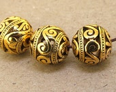 5 pcs of charm Antique Brass bronze plated Flower Ball beads metal findings Beads ----- 14mm ----- 5Pieces 2AB