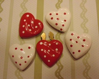 5 heart button covers, 30 mm (R2)