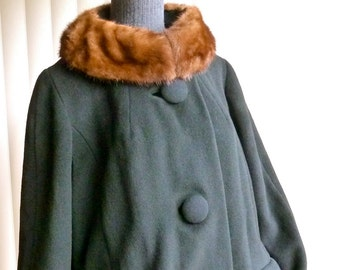60s Vintage Mod Coat -- Black Wool / Fur Collar A-Line -- Mad Men Winter Coat  -- L