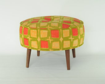 Roud ottoman - Vintage  pattern - yellow - green - orange