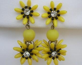 Yellow Sunflower Earrings or Black-Eyed Susan Plastic Clear Rhinestones Dangling Hanging Dimensional Flowers Screw Back Groovy Vintage