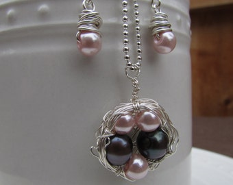 Mother's Bird's Nest Necklace & Earring Set.