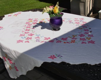 Linen Tablecloth Cross Stitch Detailing 45 inches square Gorgeous 1960s