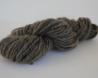 Heather  Brown/ Gray  Hand Spun Thick and Thin  Chunky   Wool Yarn