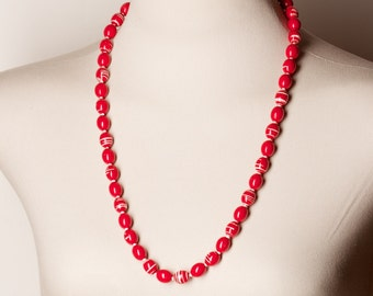 Vintage Red and White Bead Necklace