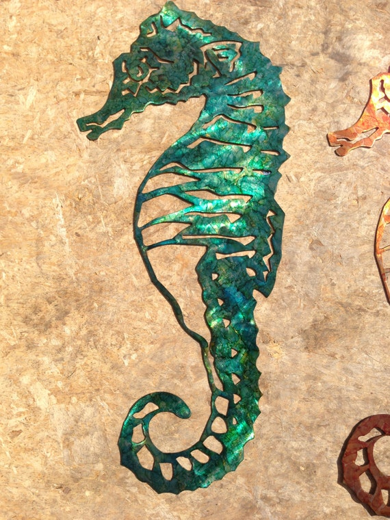 custom metal seahorse wall art green. Black Bedroom Furniture Sets. Home Design Ideas