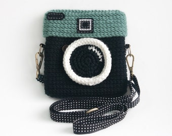 Crochet Lomo Camera Purse/ Black Color