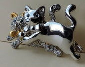 Vintage Silver and Gold Tone Swarovski Two Kitten Brooch