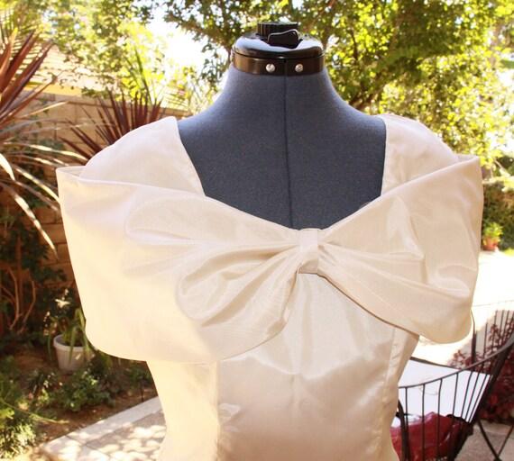 Short Wedding Dress 1980 - Ivory Beige Vintage Taffeta Dress - Party Dress