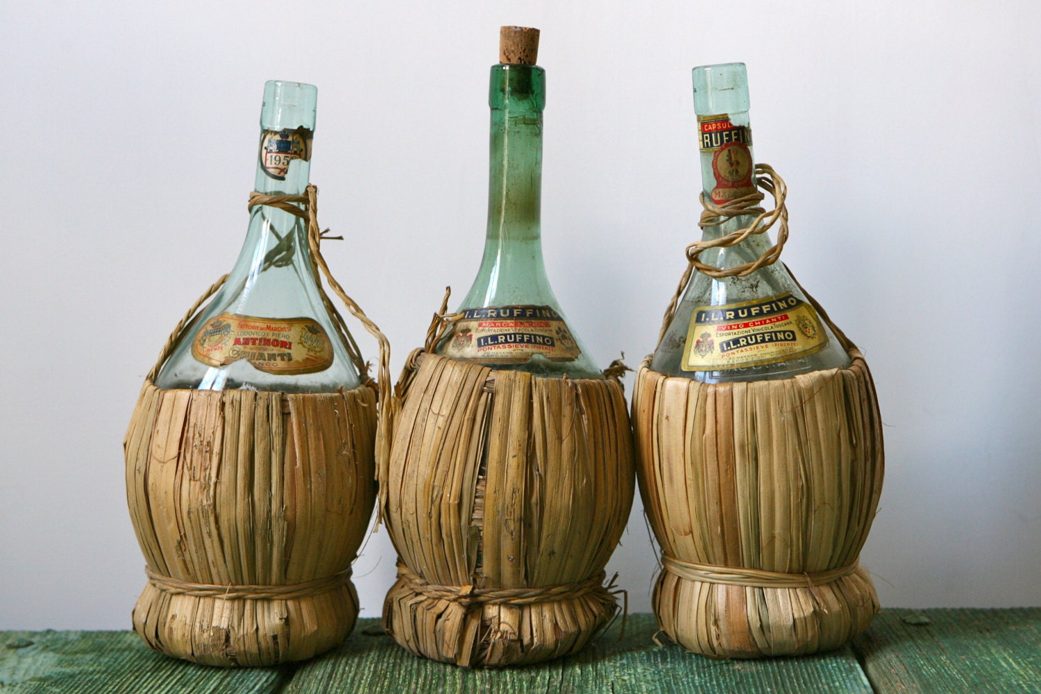 Vintage chianti wine bottles with straw bases for What to make with old wine bottles