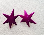 Blast from the past - purple star earrings