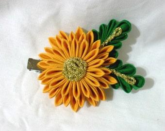 yellow kiku kanzashi flower
