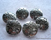 17mm Silver Tone Etched Flower Button Pack of 6 Metal Buttons MB20