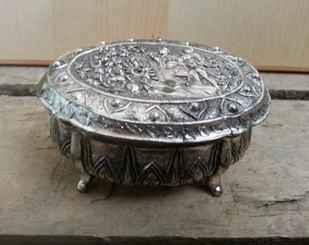 Small Vintage Oval Jewelry Box Trinket Box Silver Tone