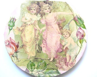 The Elfs of my Garden picture(board) collage(sticking) and acrylic 7.87 inches in diameter.