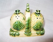 Vintage Beehive Salt and Pepper Shaker Set Made in Japan for Brinn's  in Pittsburg PA