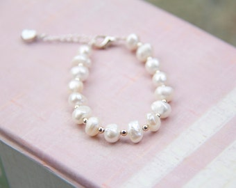 Baby - GIrl Bracelet - Fresh Water Pearls - Heart Link Extension - Toddler bracelet - Girl bracelet - Baby Bracelet
