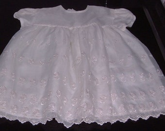 Vintage fifties St Michael baby party dress white embroidered nylon organza size 16