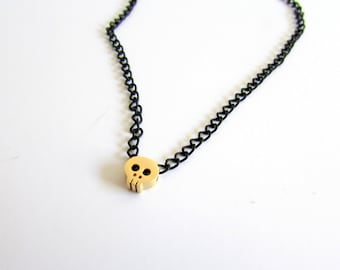 Tiny Skull Necklace, Black Chain Necklace, Dainty Skull Necklace, Gold Skull Jewelry, Gothic Charm Necklace, Skeleton Necklace, Halloween