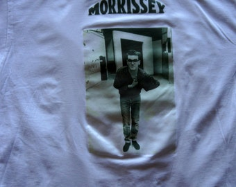 "Morrissey ""Glasses"" Tshirt size- X-large color-white"