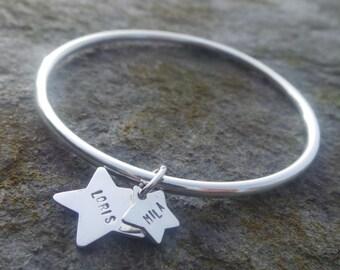 Bracelet jonc et ses étoiles