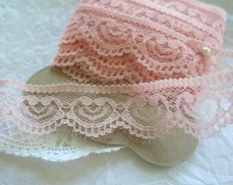 Blush Pink Sweetheart Trim
