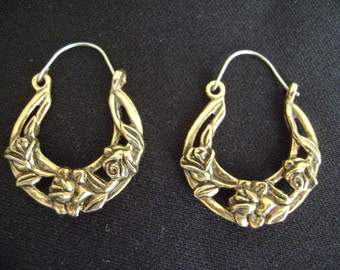 Gold Tone Flower Pierced Earrings