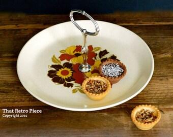 Johnson of Australia 'Cabana' cake serving platter (c. 1974)