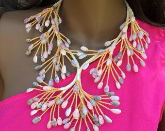Fakareva shell and coconut husk necklace