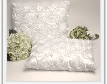 A set of Wedding Kneeling Pillow : Rosette Pillow