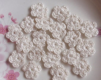 50 Mini Crochet  Flowers In Ivory  YH-055-02