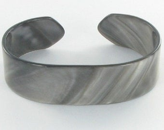 Pearly Gray Cuff Bracelet Vintage Celluloid Acetate Vintage 1960s