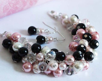 Black Pink Pearl Cluster Bracelet, Bridesmaids Jewelry, Jewelry Gift for Her,  Cluster Pearl Bracelet, Bridesmaids Gifts, Chunky Bracelet