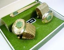 Vintage Dante Cufflinks Tie Clip Set / gold tone Mesh Wrap / Jade Stone / Men Jewelry Formal Wear Wedding / Groom Gentleman Gift