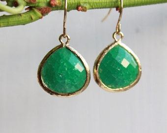 Jade Green Agate Chalcedony Earrings Dangle Earrings - Stone Earrings - Drop Earrings - Birthstone Earrings - Jewelry - Chalcedony Earring