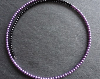 Necklace black violett