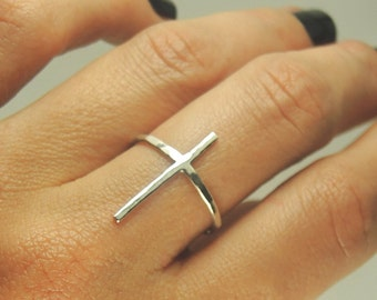 Long And Skinny Cross ring / Sterling silver