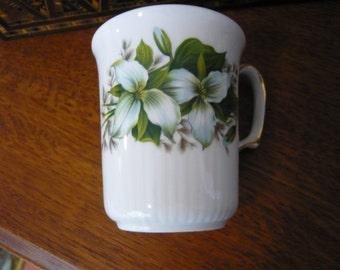 Vintage Royal Albert Bone China Coffee Mug Trillium Pattern Made in England  Ribbed Style